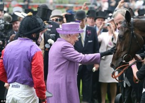 queen-pats-horse
